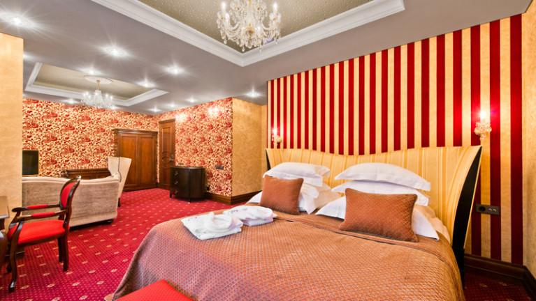 Trijų kambarių apartamentai
